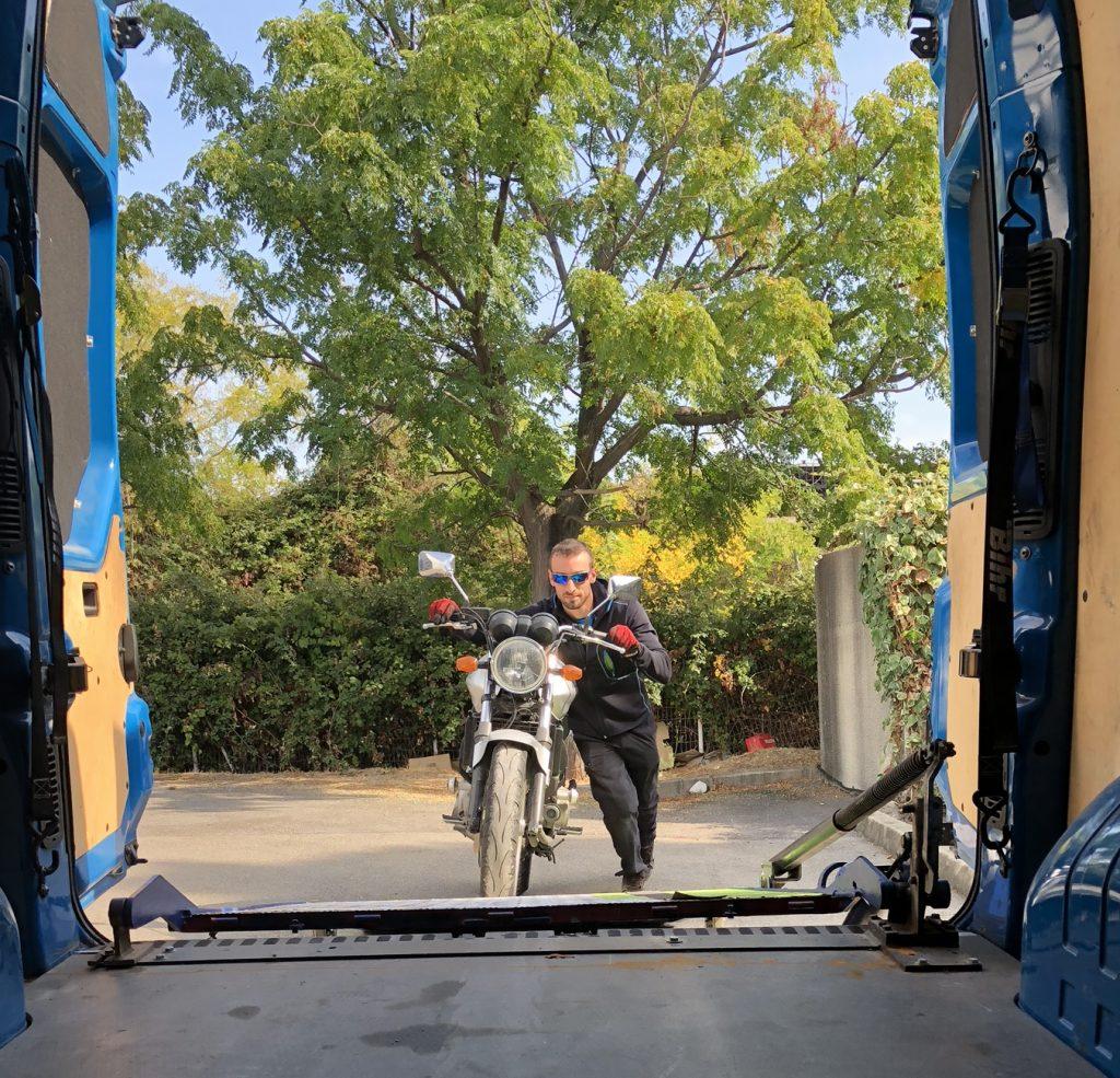 depannage et remorquage moto sur les villes de montpellier nimes et ales
